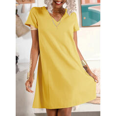 Solid Short Sleeves Shift Knee Length Casual/Vacation Tunic Dresses