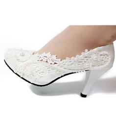Leatherette Spool Heel Closed Toe With Applique