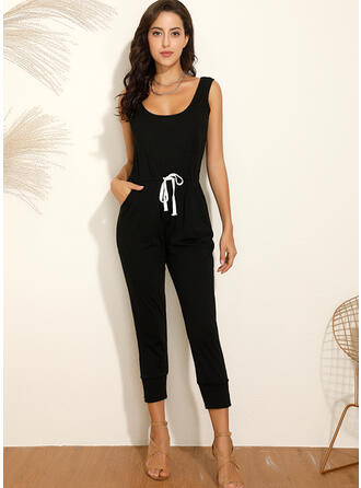 Solid U-Neck Sleeveless Casual Jumpsuit