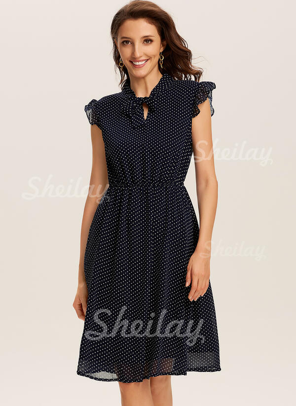 Solid Sleeveless A-line Knee Length Casual Skater Dresses