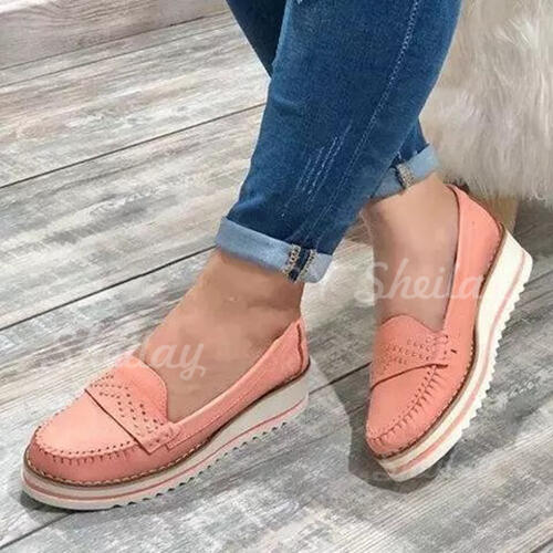 Women's PU Flat Heel Flats Low Top Loafers With Rivet shoes