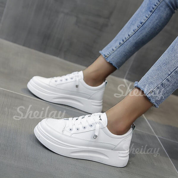 Women's PU Flat Heel Flats Round Toe With Lace-up Solid Color shoes